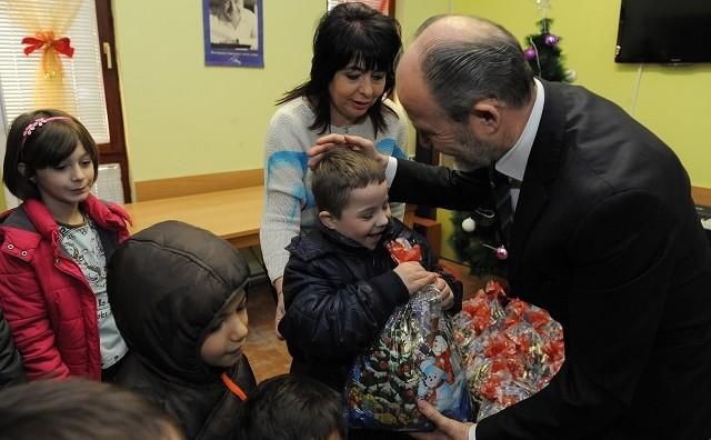Трајановски во посета на детското СОС село