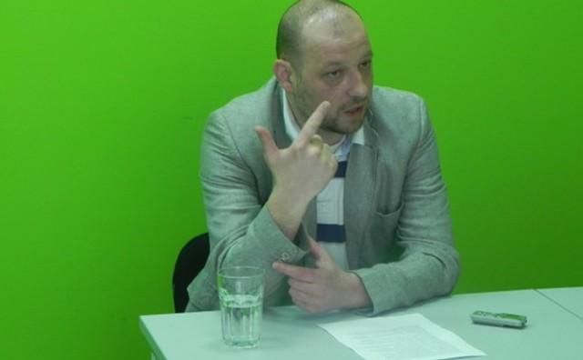 Viktor Grozdanov1