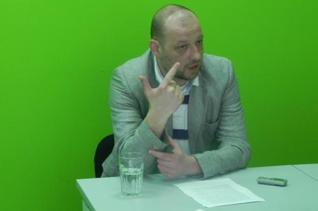 Опозицијата на чело со Шекеринска и Заев сака да директорува, а не да донесе реформи во медиумите