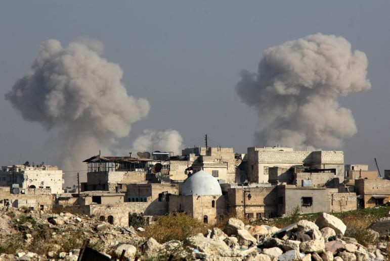 Најмалку 23 луѓе загинаа во самоубиствен напад во Алепо