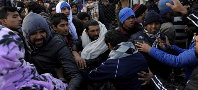 Тепачка меѓу имигранти на грчко-македонската граница, убиен еден бегалец