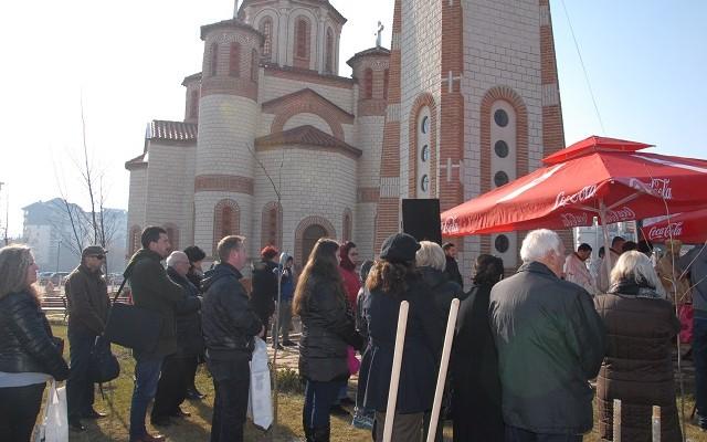 црква2
