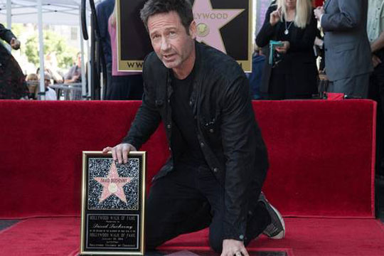 Дејвид Духовни доби ѕвезда во Холивуд