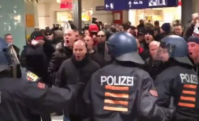 Во Германија нападнати бегалци поради новогодишните инциденти