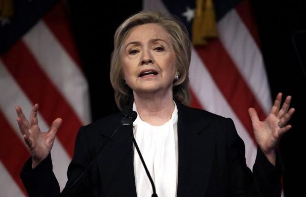 Клинтон била лично запознаена со злосторствата што ги направиле борците против Гадафи и многу пред да се случат некои од најлошите геноциди.