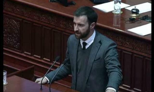 Димовски: Должни сме да и ставиме точка на политичката криза