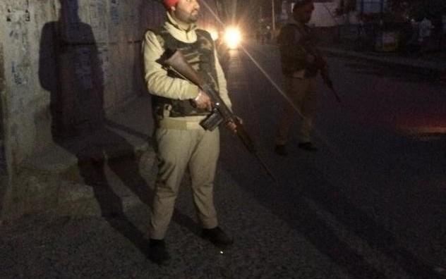 Нападната воена база во Индија, шестмина загинати