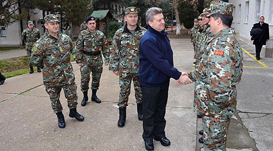 Иванов во посета на припадниците на АРМ на јужната граница