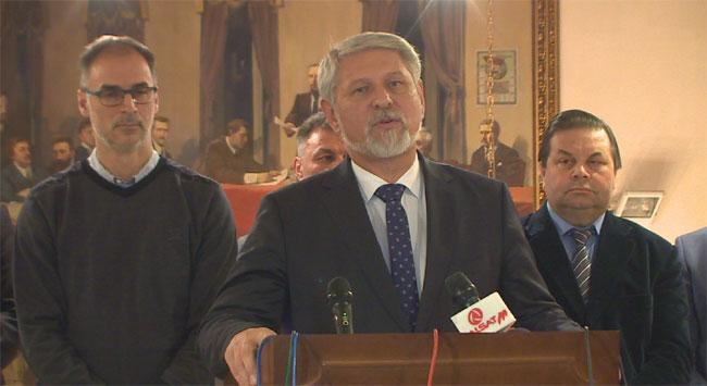 Јакимовски: На 24-ти април граѓаните ќе одлучат кој ќе ја води Македонија