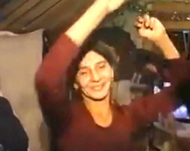 ВИДЕО: Весела Нова Година: Гринго од БиХ има 4 жени и 12 деца