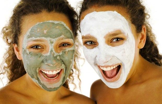 Природни маски за лице против акни и проширени пори