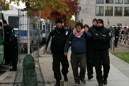 Девет мигранти уапсени во Германија
