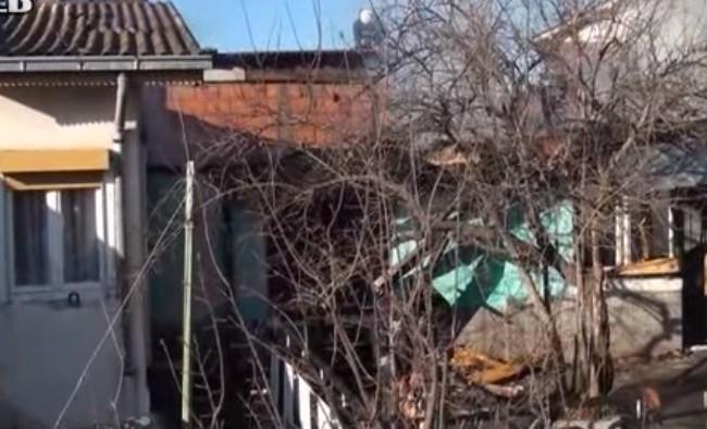 Помош од велешкиот Центатр за социјални работи за обнова на опожарената куќа