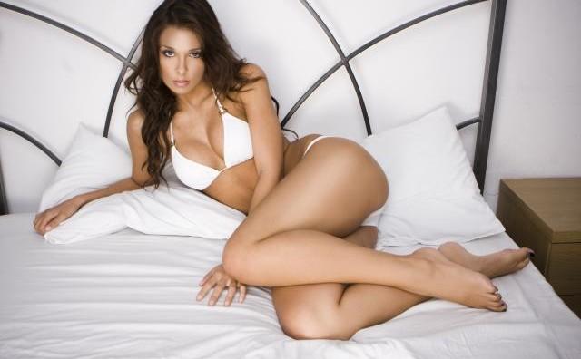 Три совети: Како да го излудите мажот во кревет