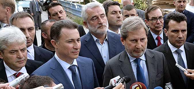 Почнаа средбите на партиските лидери со еврокомесарот Хан