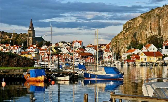 """""""Експрес"""": По два века мир, Шведска треба да се подготвува за војна"""