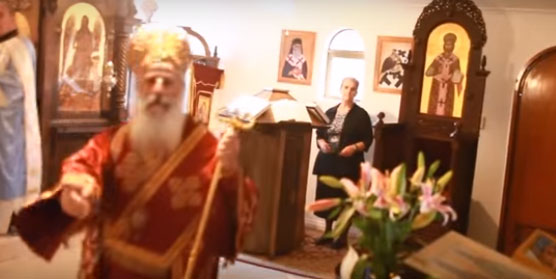 Нов скандал во Македонската црква во Австралија: Владиката Петар се степа со верник (видео)