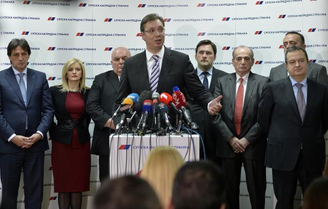 """""""Новости"""": Вучиќ подготвен за оставка, избори во април"""