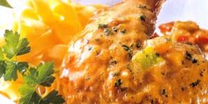 Во Нетпрес денеска готвиме: Пилешко во сос од пиперка и ролат со банани