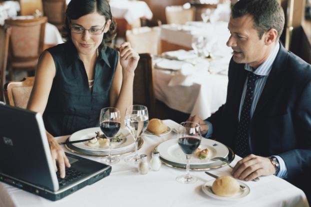 Совети за успешен деловен ручек