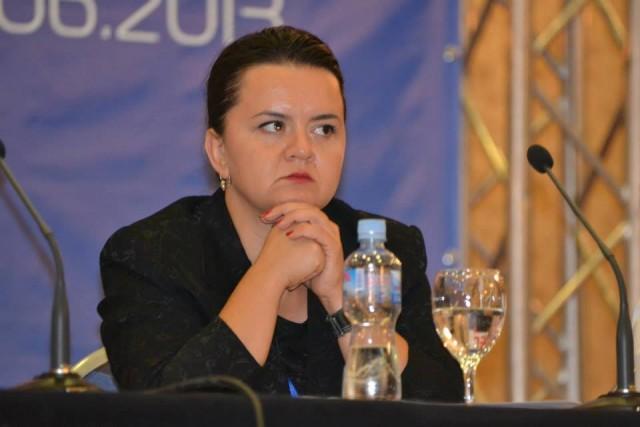 Лазаревска: Обвинувањата на Ременски за шуга во Домот за доенчиња, не се точни