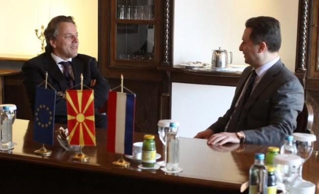 Груевски: За излез од кризата, неопходни се избори на 24 април