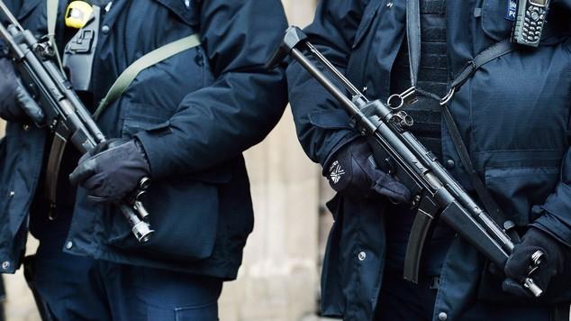 Грција: Упасени двајца вооружени Британци со ирачко потекло