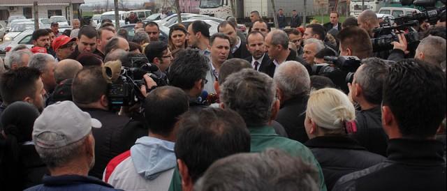 Груевски: Директниот контакт со граѓаните му помага на секој политичар
