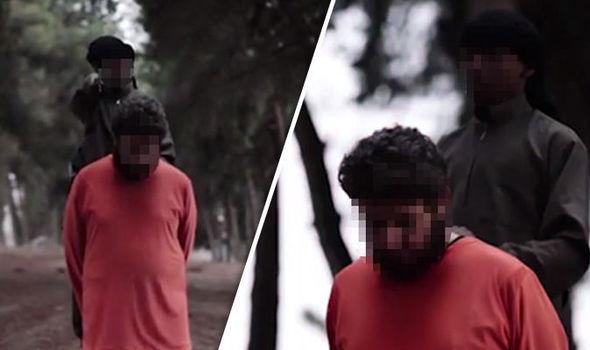 Ново видео на ИД: Момче обезглави заложник