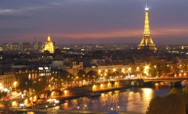 Вонредната состојба во Франција продолжува и следните три месеци