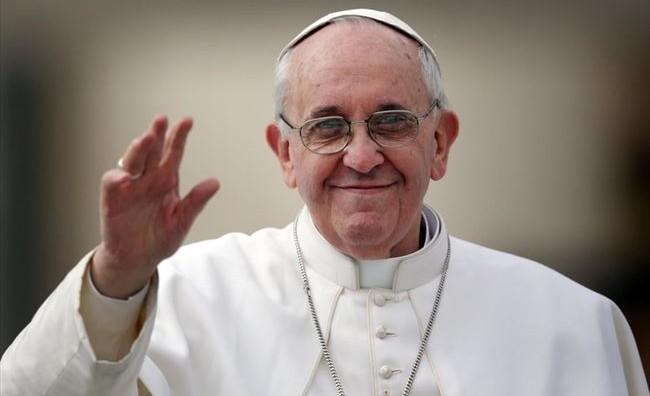 Папата повика на броба против шверцот на дрога и корупцијата