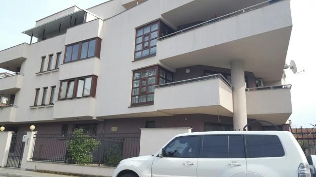 ФОТО: Овие станови сопругот на Шекеринска ги рентал самиот на себе