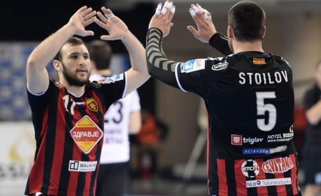 Стоилов и Манасков се враќаат на терените