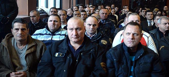 """Одложено рочиштето за """"Диво насеље"""" – адвокатите на одбраната заработија казни"""