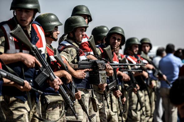 Турција ќе отпочне копнена инвазија во Сирија!?