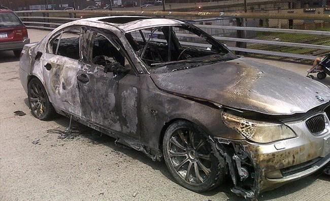 Маскирани екстремисти во Берлин запалиле 50 возила