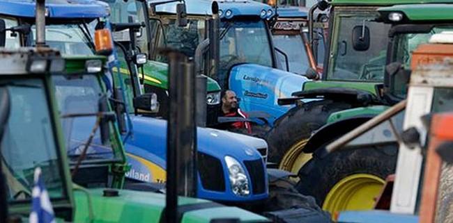 Атина два дена ќе биде блокирана од земјоделците
