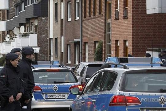 """Полицијата спроведува рации низ Германија во потрага по екстремисти од групата """"Бели волци"""""""