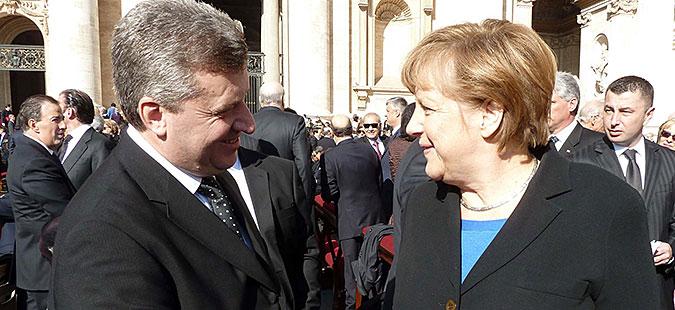 Иванов разговараше со Меркел за мигрантската криза