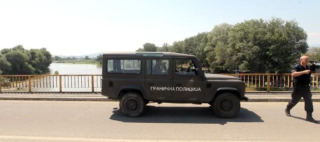 Чешка донира 740.000 евра за набавка на 25 теренски возила за граничната полиција