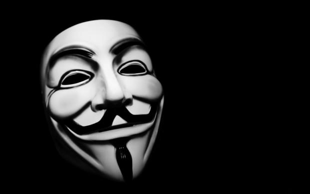 Анонимуси му објавија војна на Трамп