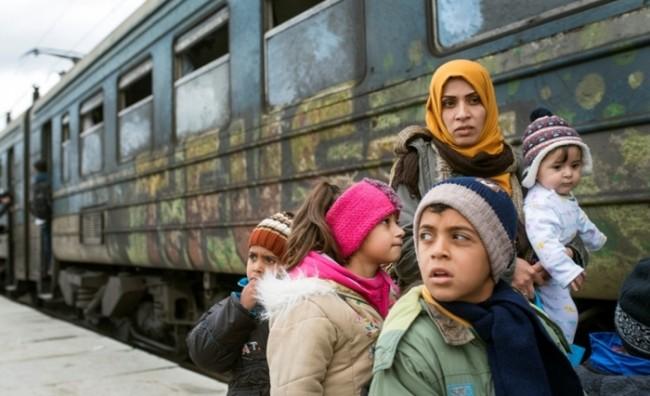 Грција бара санкции за членките на ЕУ кои одлучиле да не ги пуштаат бегалците