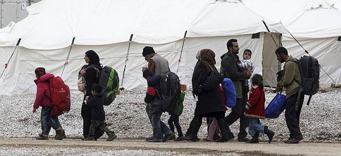 ЕК сака централизирано биро за прием и одлучување по молбите за азил во ЕУ