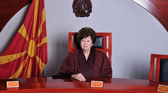 Гошева: Изјавите на Јанева за негирање на државните институции се неодговорни