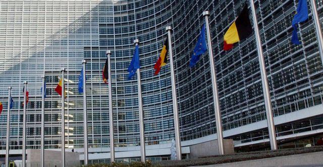 ЕУ: Прочистен избирачки список, бaлансирани медиуми и казни за заплашување гласачи