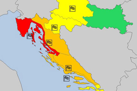 Хрватска очекува оркански ветар, дожд и снег