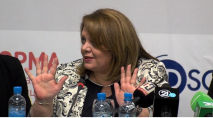 Има ли Јанева храброст да одговори на дилемите на пратениците?