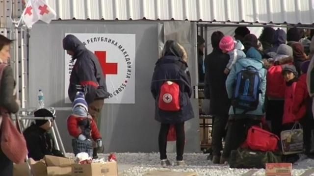 Се зголемува бројот на мигранти во прифатниот центар во Гевгелија