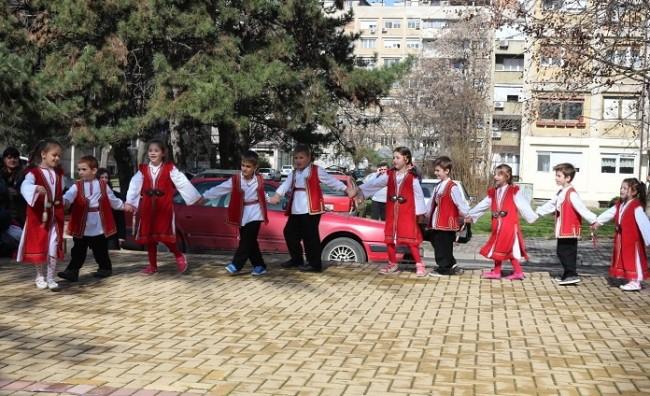Со црвено-бели мартинки, Општина Кисела Вода го одбележа празникот Ксантика