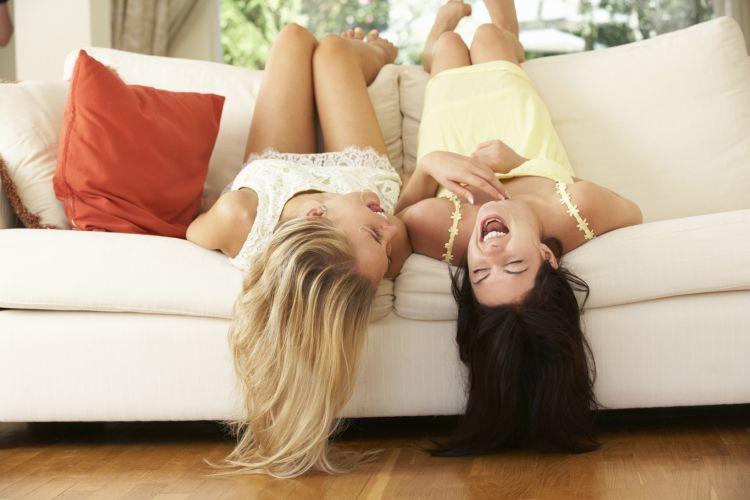 Како да се насмеете кога не ви е до смеење?
